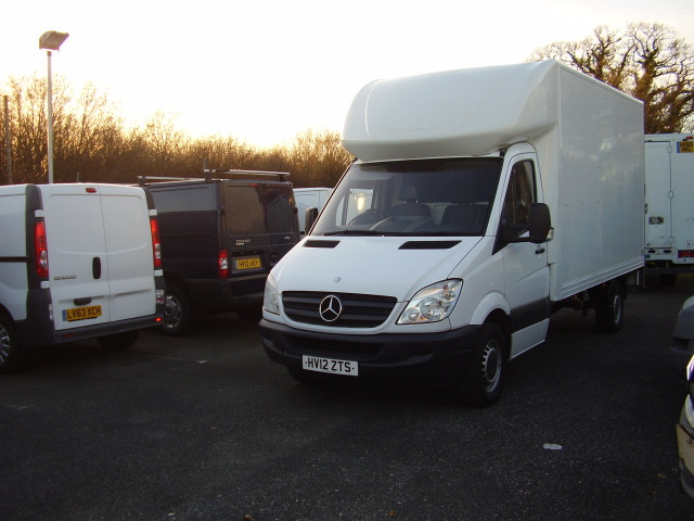 2012(12) MERCEDES SPRINTER 313 CDi LUTON £9,750.00 TAIL lIFT, LWB