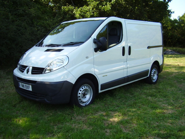 2011 RENAULT TRAFIC SL27 DCi115 £6,995.00 1996cc, 2695kg gross